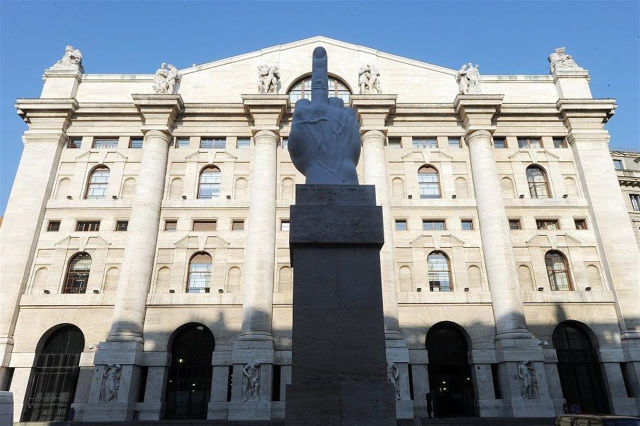 piazza affari milano
